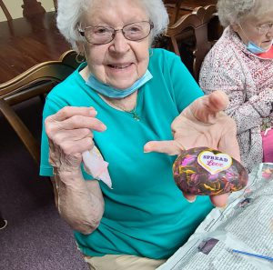 20210914 141823 scaled e1631653863375 300x297 - Assisted Living Week: Rock Crafts!