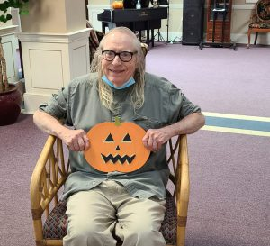 20211013 133546 scaled e1634148110733 300x273 - Senior Living Fall Festival: The Price is Right!